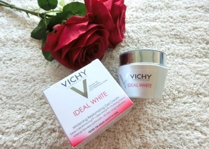 Review dưỡng trắng da Vichy Ideal White Whitening Replumping Gel Cream